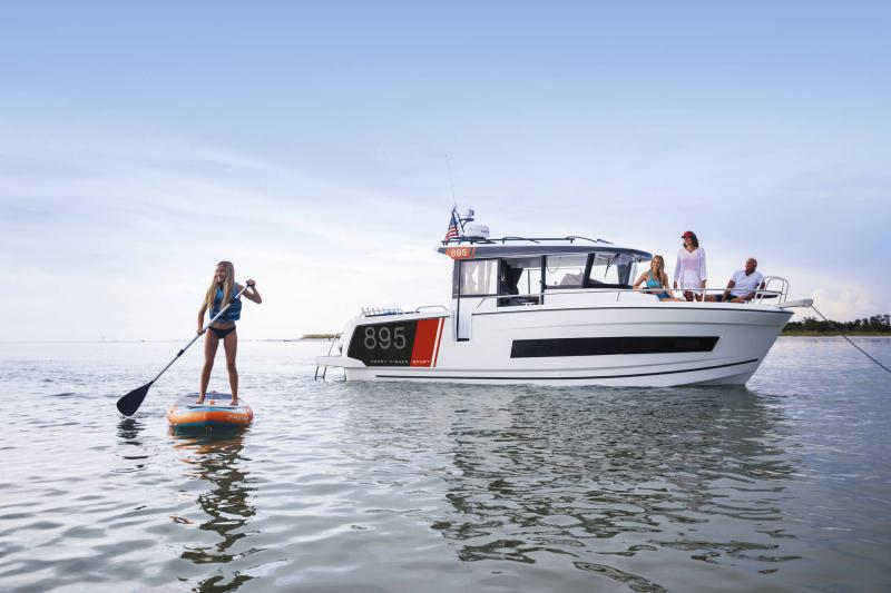 Merry Fisher 895 Sport │ Merry Fisher Sport of 9m │ Boat powerboat Jeanneau  23159