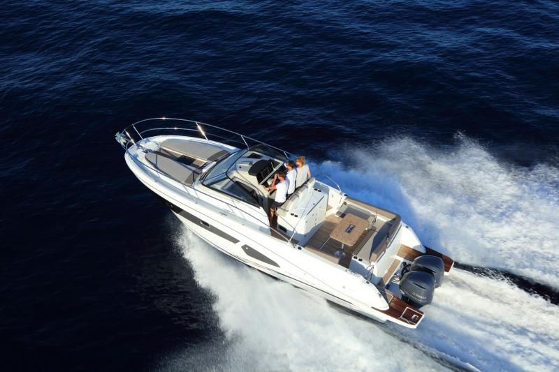 Cap Camarat 10.5 WA │ Cap Camarat Walk Around of 11m │ Boat Outboard Jeanneau  4293