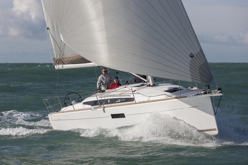 Sun Odyssey 349 │ Sun Odyssey of 10m │ Boat Sailboat Jeanneau boat Sun-Odyssey-349 522
