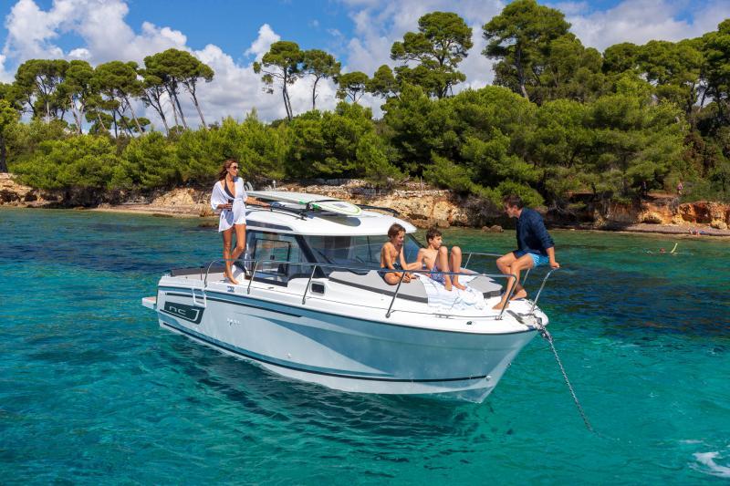 NC 795 Series 2 │ NC Weekender of 8m │ Boat powerboat Jeanneau  21935