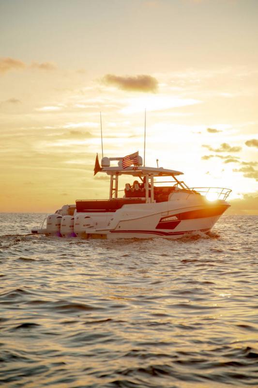 Leader 12.5 │ Leader WA of 12m │ Boat powerboat Jeanneau  21627