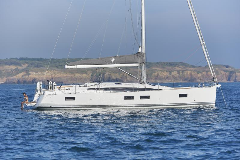 Jeanneau 51 Exterior Views 63