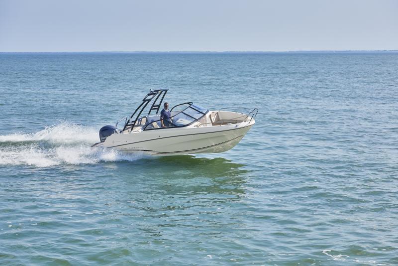 CAP CAMARAT 6.5 BR │ Cap Camarat Bow Rider of 6m │ Boat powerboat Jeanneau CAP CAMARAT 6.5 BR 3034