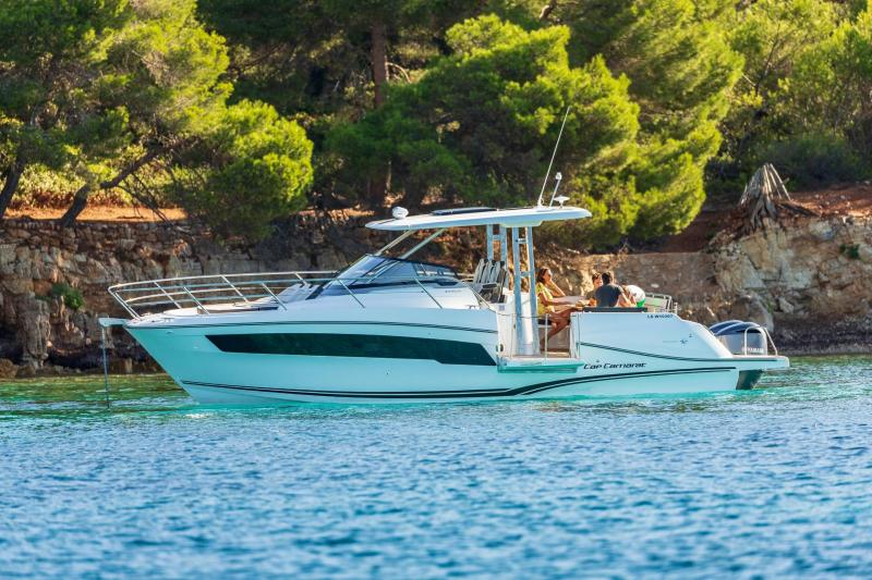 Cap Camarat 10.5 WA série2 │ Cap Camarat Walk Around of 10m │ Boat powerboat Jeanneau  21976