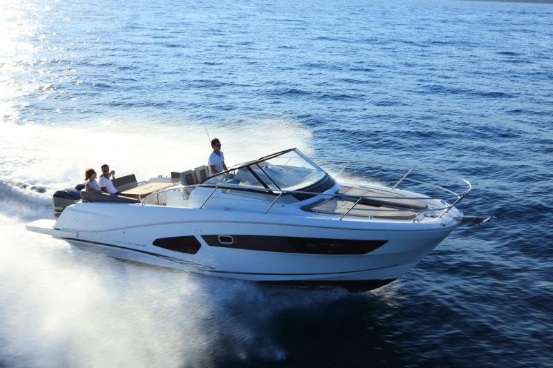 Cap Camarat 10.5 WA │ Cap Camarat Walk Around of 11m │ Boat Outboard Jeanneau 1-Navigation 17125