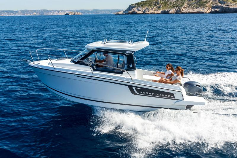 Merry Fisher 605 série2 │ Merry Fisher of 6m │ Boat powerboat Jeanneau  23444