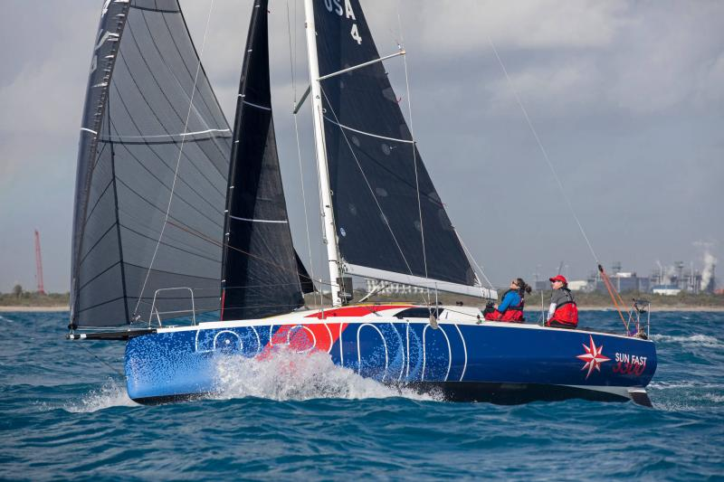 Sun Fast 3300 │ Sun Fast of 10m │ Boat Sailboat Jeanneau  20588