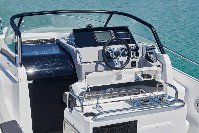 Leader 7.5 Series 3 │ Leader of 7m │ Boat powerboat Jeanneau  23130