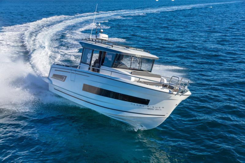 Merry Fisher 895 Marlin │ Merry Fisher Marlin of 9m │ Boat Outboard Jeanneau  18704