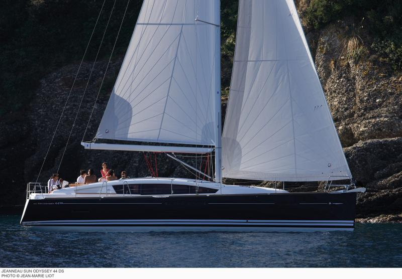 Sun Odyssey 44 DS │ Sun Odyssey DS of 13m │ Boat Sailboat Jeanneau boat Sun-Odyssey-DS-44DS 361