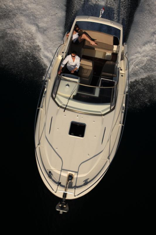 Leader 8 │ Leader of 9m │ Boat powerboat Jeanneau boat Leader-Leader8 73