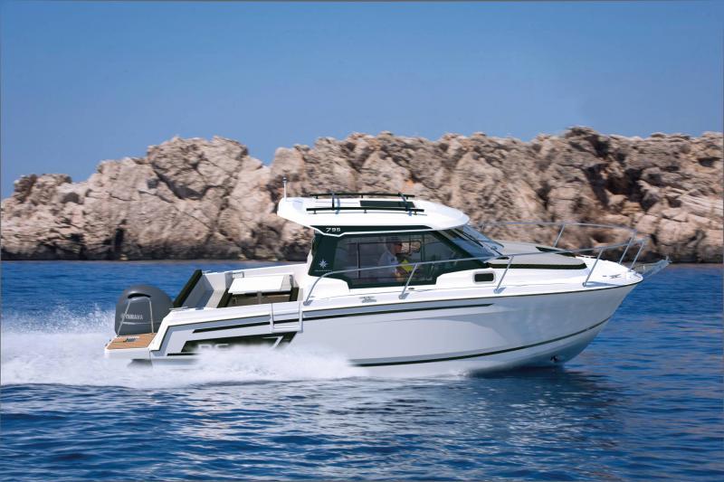 NC 795 Series 2 │ NC Weekender of 8m │ Boat powerboat Jeanneau  21746