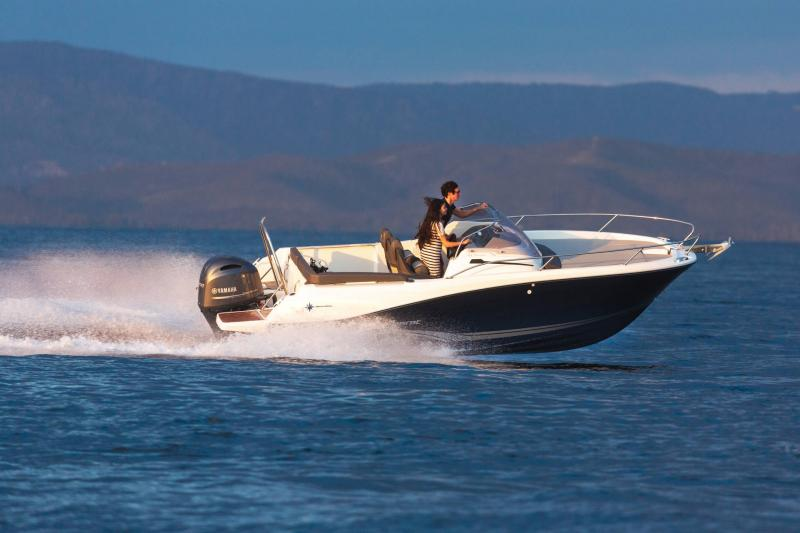 Cap Camarat 6.5 WA série3 │ Cap Camarat Walk Around of 6m │ Boat powerboat Jeanneau  17200