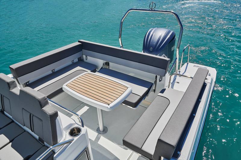 Leader 7.5 CC Series 3 │ Leader CC of 7m │ Boat powerboat Jeanneau  23079