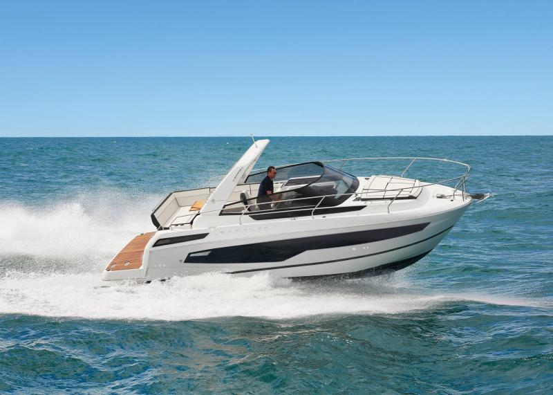 Leader 30 │ Leader of 9m │ Boat powerboat Jeanneau  22056