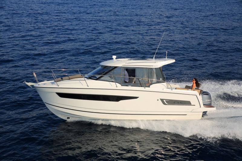 NC 895 │ NC Weekender of 9m │ Boat powerboat Jeanneau  18959