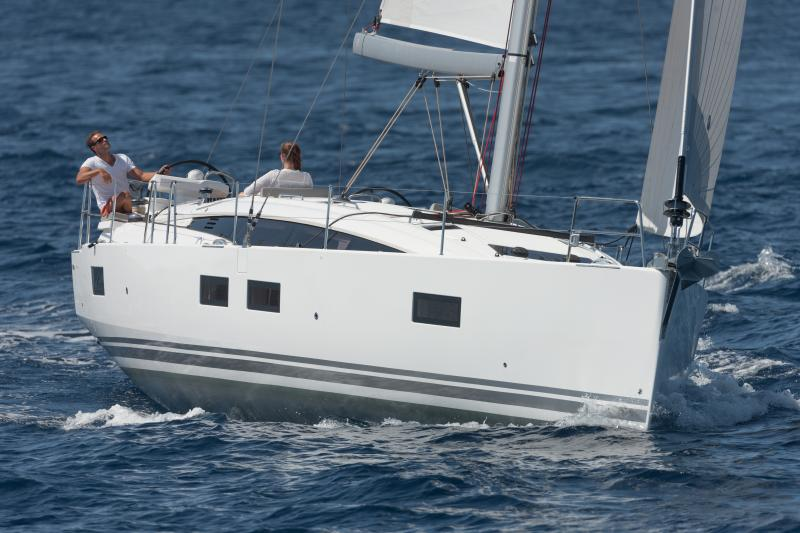 Jeanneau 51 Exterior Views 11