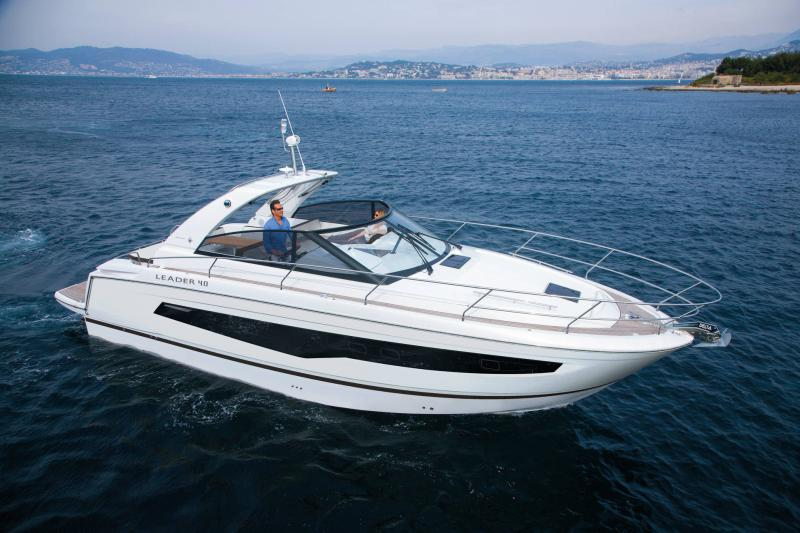 Leader 40 │ Leader of 12m │ Boat powerboat Jeanneau  22126