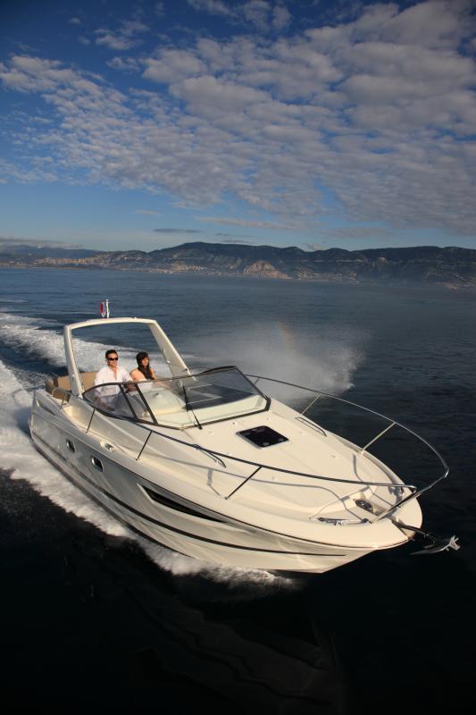 Leader 8 │ Leader of 9m │ Boat powerboat Jeanneau boat Leader-Leader8 74