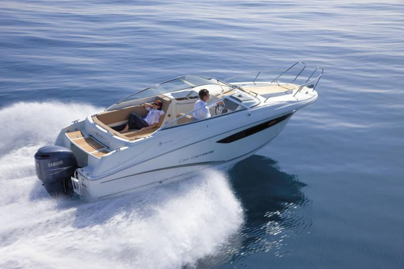 Cap Camarat 7.5 DC │ Cap Camarat Day Cruiser of 7m │ Boat powerboat Jeanneau 1-Navigation 17216