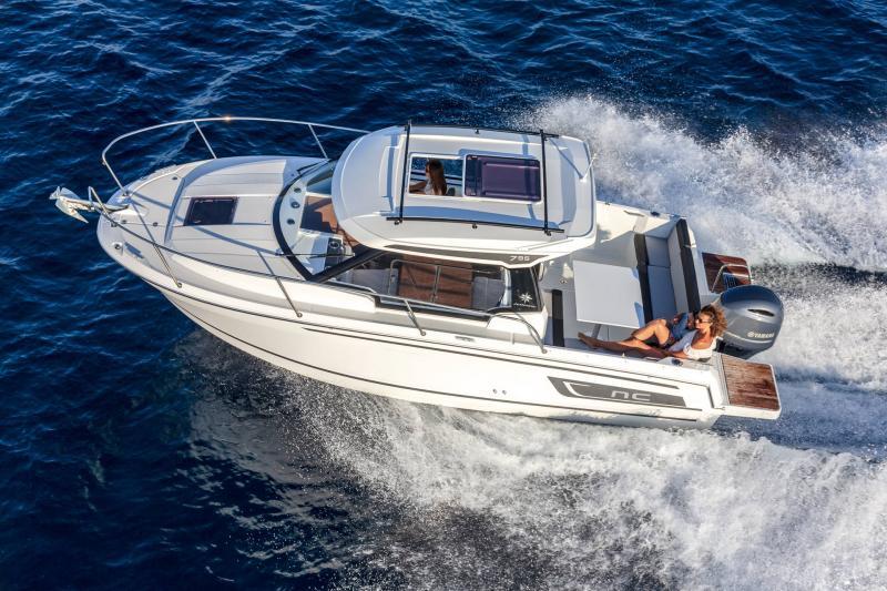 NC 795 Series 2 │ NC Weekender of 8m │ Boat powerboat Jeanneau  21941