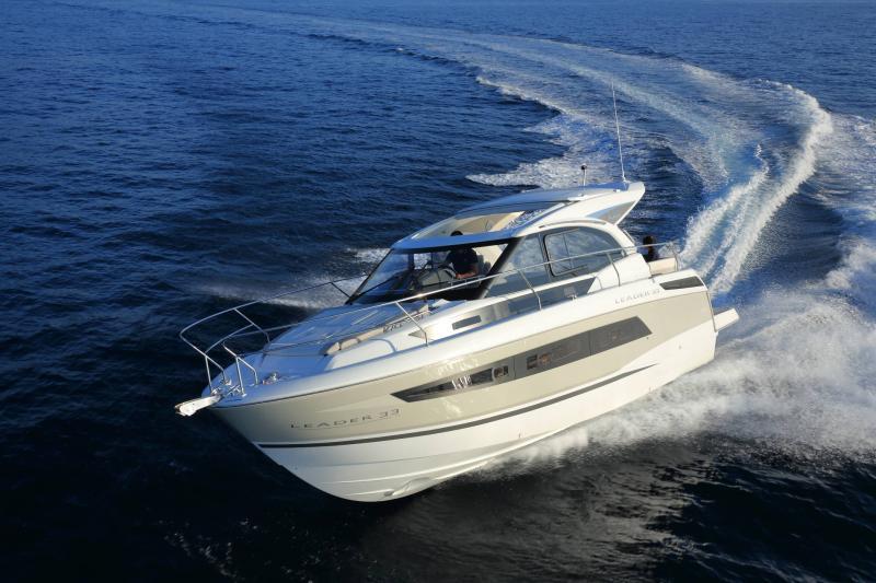 Leader 33 │ Leader de 11m │ Bateaux powerboat Jeanneau 1-Navigation 18324