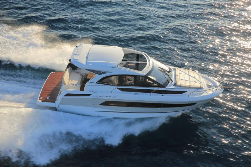 Leader 33 │ Leader of 11m │ Boat Inboard Jeanneau 1-Navigation 18327