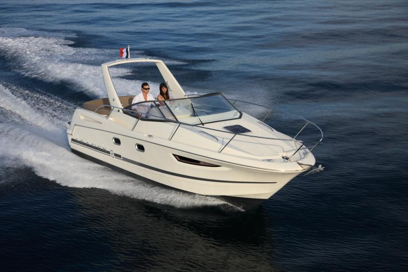 Leader 8 │ Leader of 9m │ Boat powerboat Jeanneau boat Leader-Leader8 79