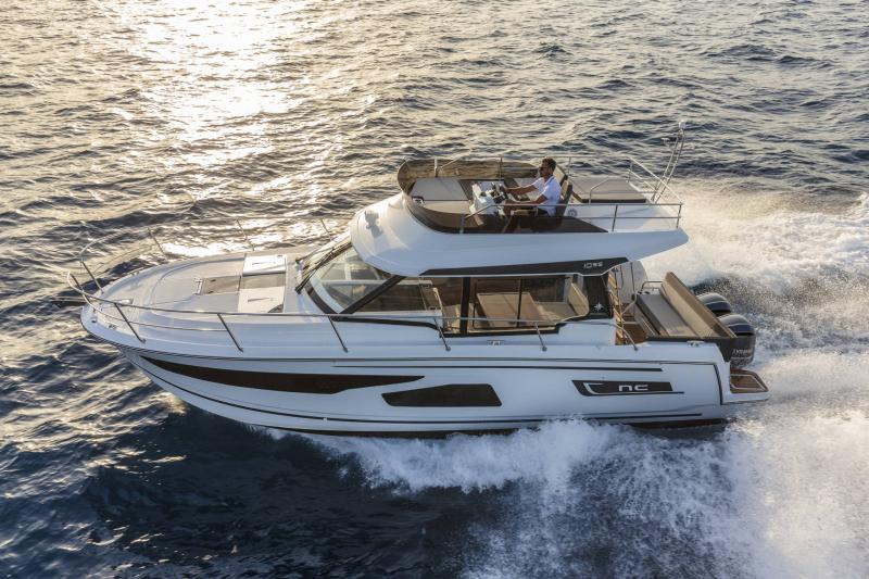 NC 1095 Fly │ NC Weekender of 10m │ Boat powerboat Jeanneau  21018