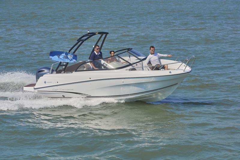 CAP CAMARAT 6.5 BR │ Cap Camarat Bow Rider of 6m │ Boat powerboat Jeanneau CAP CAMARAT 6.5 BR 3035