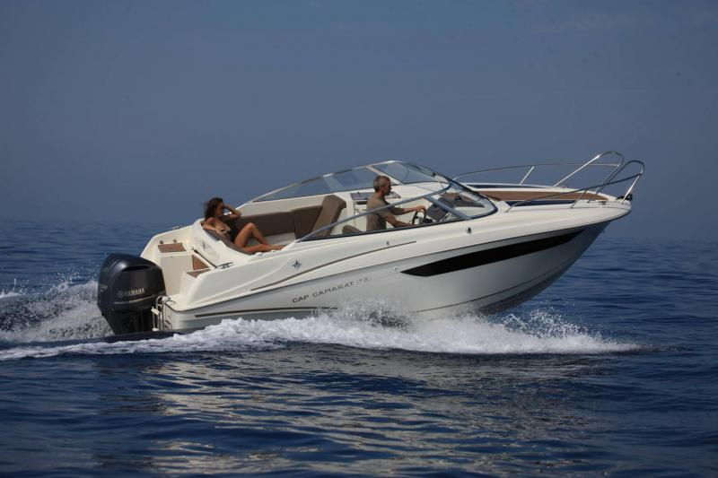 Cap Camarat 7.5 DC │ Cap Camarat Day Cruiser of 7m │ Boat powerboat Jeanneau  17229