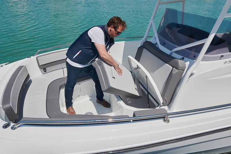 Leader 7.5 CC Series 3 │ Leader CC of 7m │ Boat powerboat Jeanneau  23088