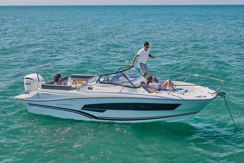 Leader 7.5 Series 3 │ Leader of 7m │ Boat powerboat Jeanneau  23181