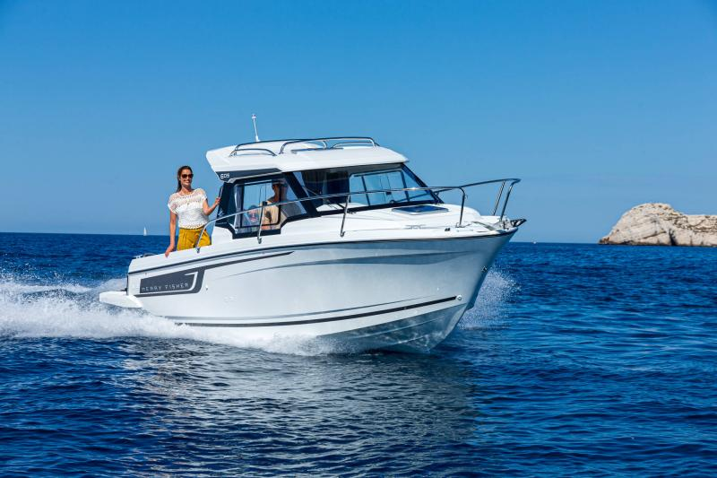 Merry Fisher 605 série2 │ Merry Fisher of 6m │ Boat powerboat Jeanneau  23445
