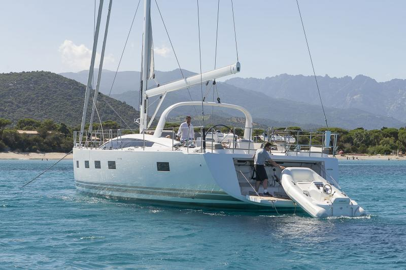 Jeanneau 64 Exterior Views 12