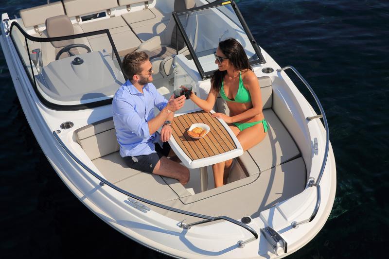 CAP CAMARAT 5.5 BR │ Cap Camarat Bow Rider of 5m │ Boat powerboat Jeanneau CAP CAMARAT 5.5 BR 4854