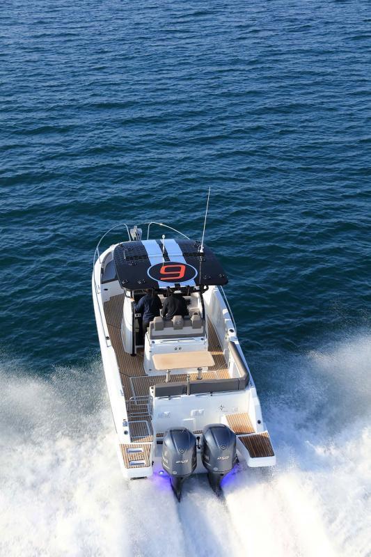 Cap Camarat 9.0 CC │ Cap Camarat Center Console of 9m │ Boat Outboard Jeanneau Cap Camarat 9.0 CC 11540