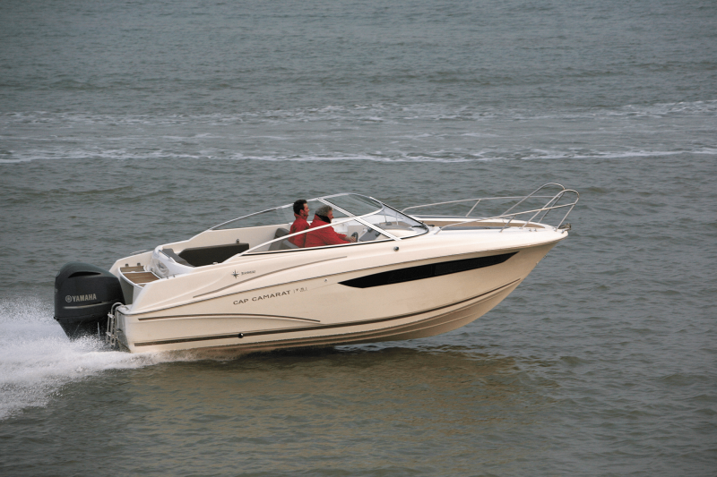 Cap Camarat 7.5 DC │ Cap Camarat Day Cruiser of 7m │ Boat powerboat Jeanneau  17222