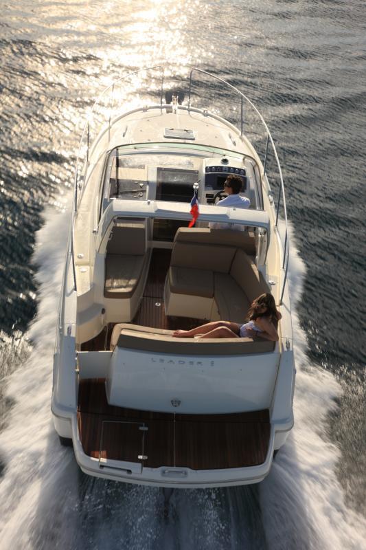 Leader 8 │ Leader of 9m │ Boat powerboat Jeanneau boat Leader-Leader8 66