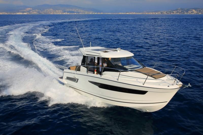 NC 895 │ NC Weekender of 9m │ Boat powerboat Jeanneau  18963