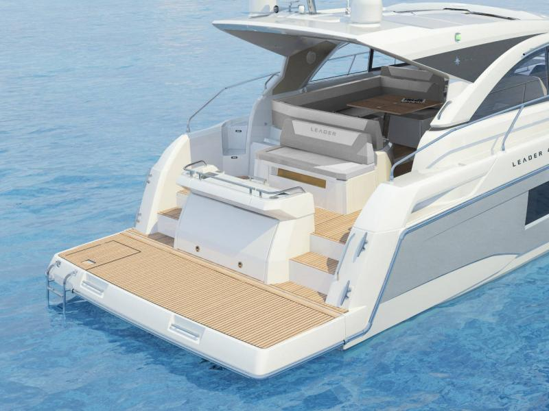 Leader 46 │ Leader of 14m │ Boat powerboat Jeanneau Aft Platform 18470