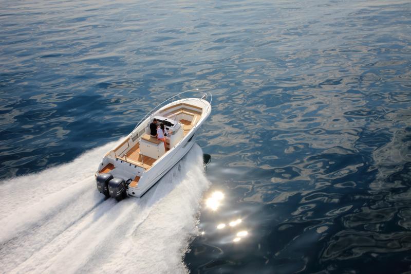 Cap Camarat 8.5 CC │ Cap Camarat Center Console of 8m │ Boat Outboard Jeanneau Cap Camarat 8.5 CC 445