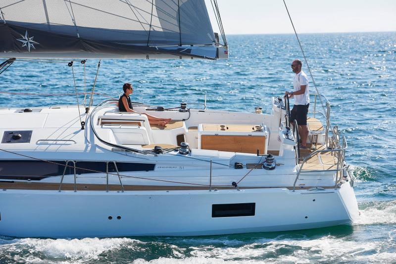 Jeanneau Yachts 51 │ Jeanneau Yachts de 15m │ Bateaux Voiliers Jeanneau  17425