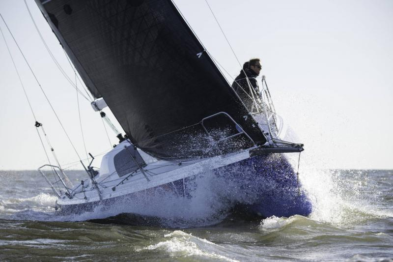 Sun Fast 3300 │ Sun Fast of 10m │ Boat Sailboat Jeanneau  20038