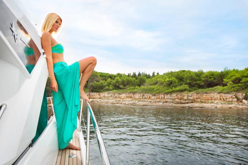 Leader 46 │ Leader de 14m │ Bateaux powerboat Jeanneau 3-Lifestyle 18482