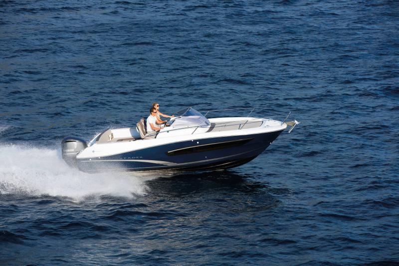 Leader 7.5 │ Leader WA of 8m │ Boat powerboat Jeanneau  18762