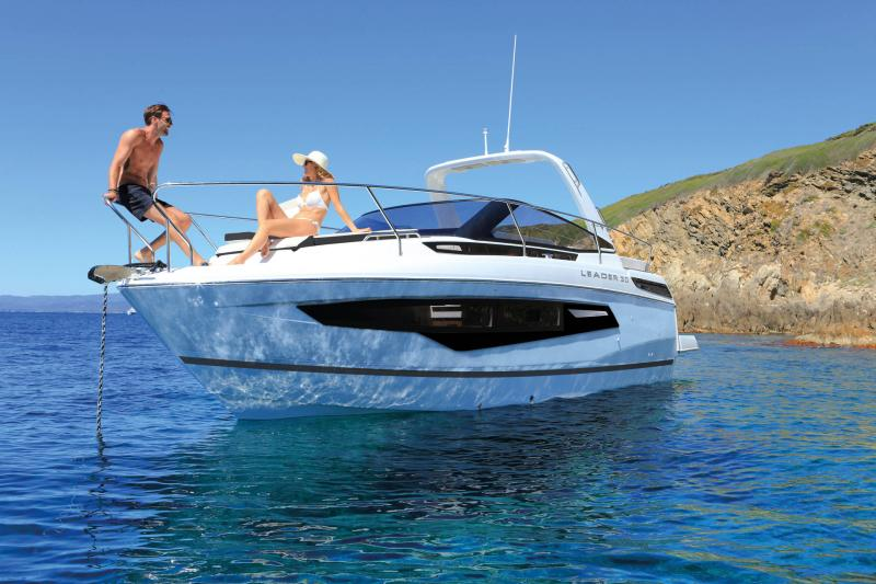 Leader 30 │ Leader of 9m │ Boat powerboat Jeanneau  22054