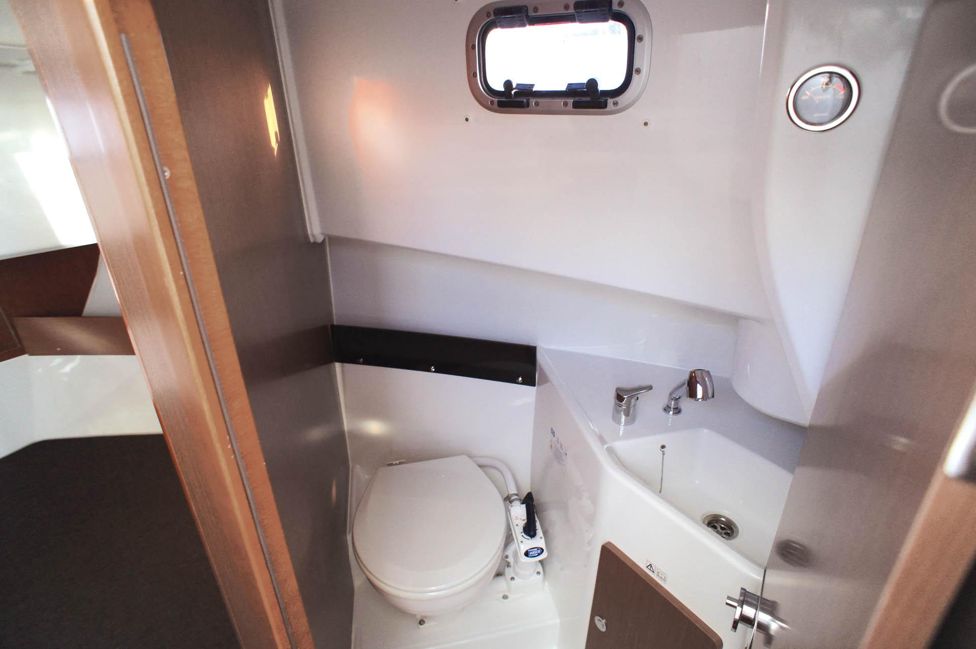 Merry Fisher 875 Marlin Vistas del interior 4