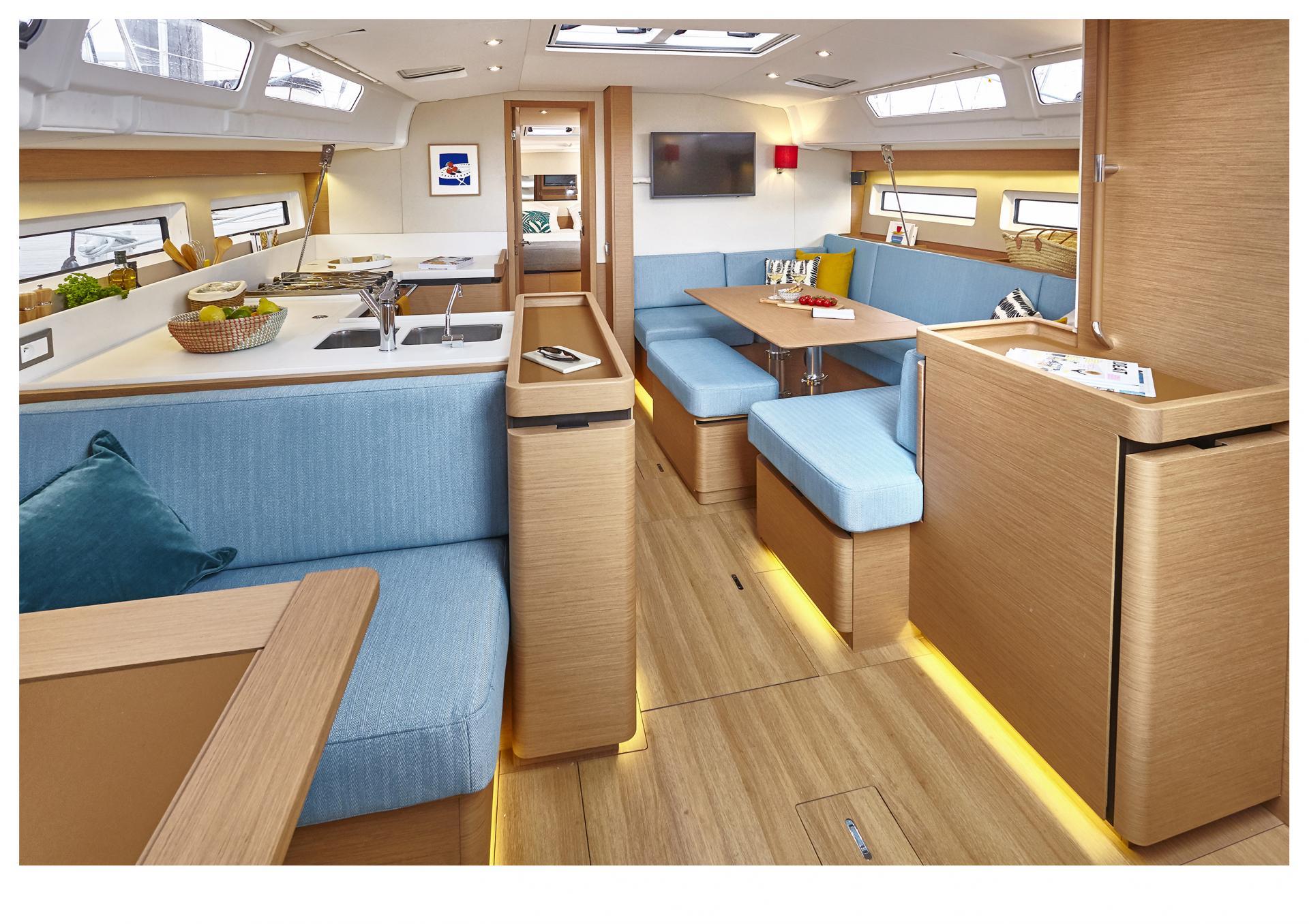 Sun Odyssey 490 Vistas del interior 3