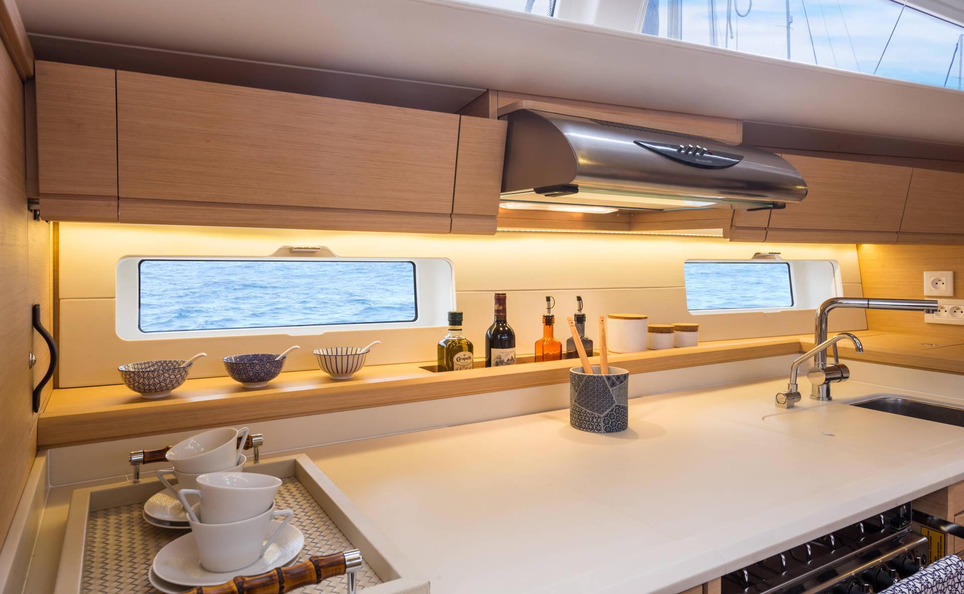 Jeanneau 54   Jeanneau Boats